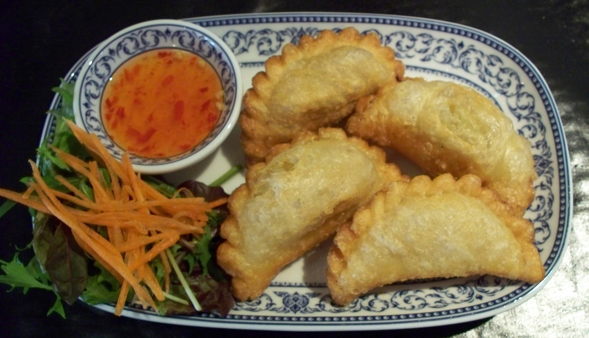 Chicken Curry Puffs [135] - $7.90 : Rose Of Thailand, Authentic Thai ...